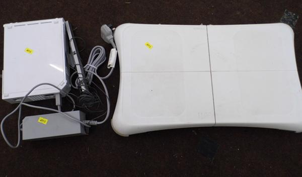 Wii & Wii fit board