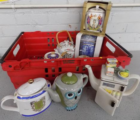 Collection of vintage and novelty teapots