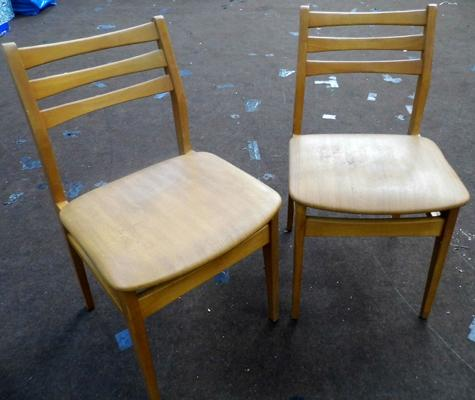 2x 1970's chairs