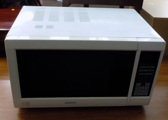 Kenwood microwave oven w/o