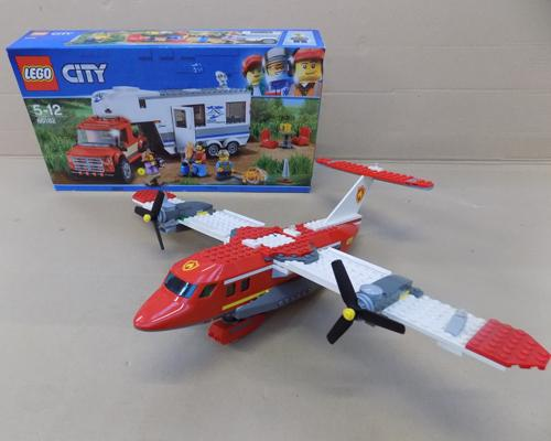 2x 'City' Lego items - 1 boxed new, 1 plane model