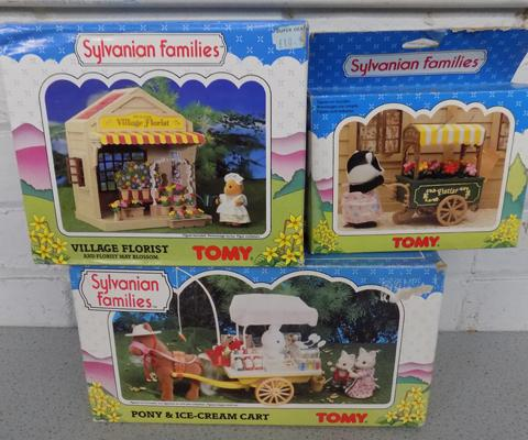 Sylvanian Families Pony & Ice Cream Cart (Tomy 3185) + Village Florist (Tomy 3180) + Flower Cart (Tomy 3306)
