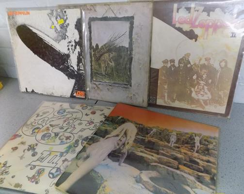 5x Collectable Led Zeppelin original LPs, 1,2,3,4 & Houses of the Holy