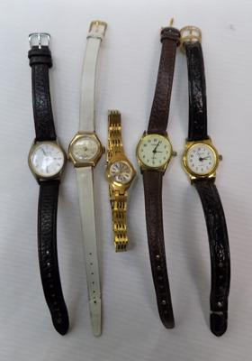Assortment of 5x ladies vintage watches incl. gold