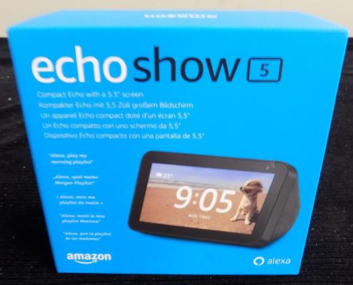 Echo Show 5 compact echo 5.5 inch screen, new & boxed