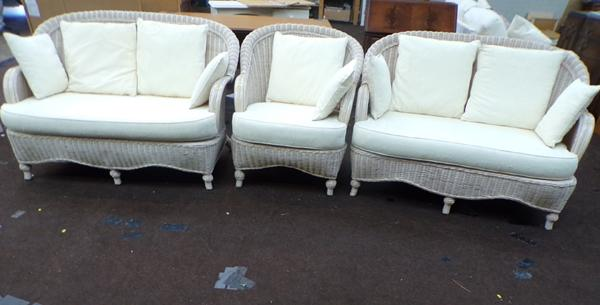 Thre piece conservatory set (2x 2seater sofa and 1 chair)