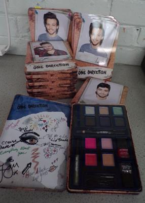 10x One Direction make up sets