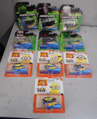 4x Dispicable Me 3 hotwheels character cars + 6x Minecraft hotwheels character cars
