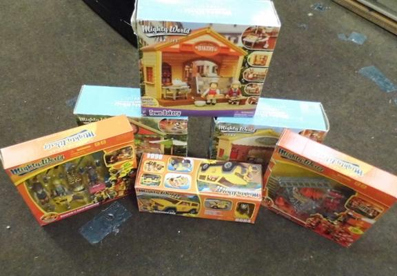 Selection of Mighty World playsets