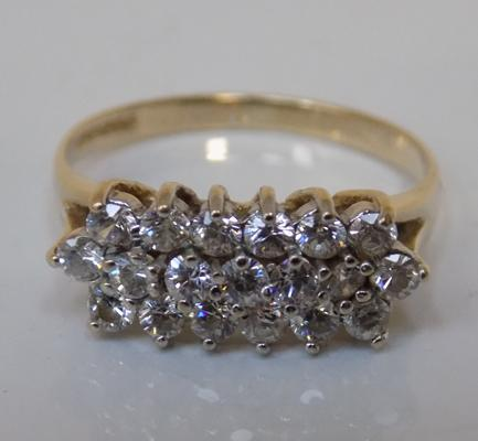 9ct gold 3 row cluster ring, size N 1/2
