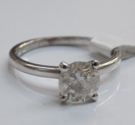 14ct white gold 1.01 carat diamond solitaire ring with G.I.E. certificate (free ring re-sizing) size J 1/2