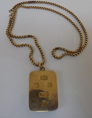 "9ct heavy solid gold ingot on 9ct gold box chain approx 20"" chain, 75.2 grams"