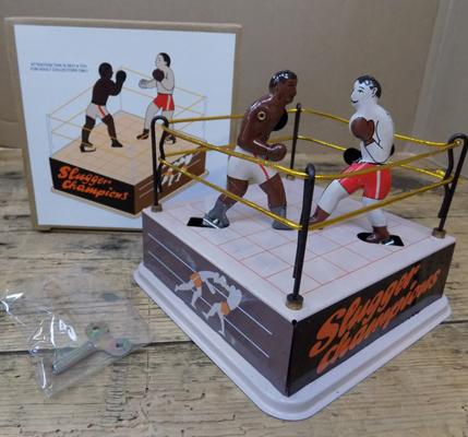 Tin plate Slugger Champions wind-up