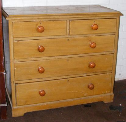 Two over three set of drawers