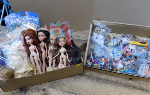 Two boxes of mixed figures/dolls, incl. Bratz & Slyvanian