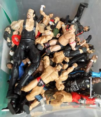 Box of WWE wrestling figures approx. 50