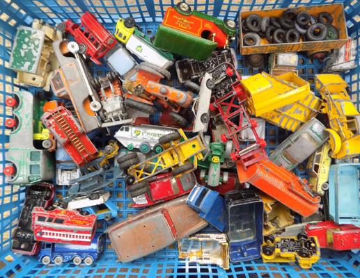 Assortment of diecast incl. Lesney & Dinky