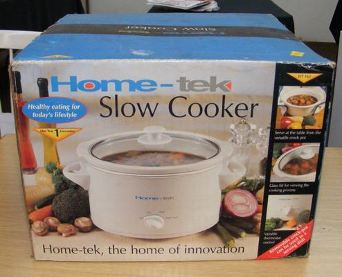 Home-Tek slow cooker - boxed and unused