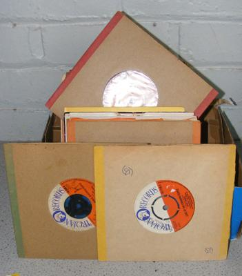 Approx. 70 singles incl. reggae, soul, Motown, disco and dance