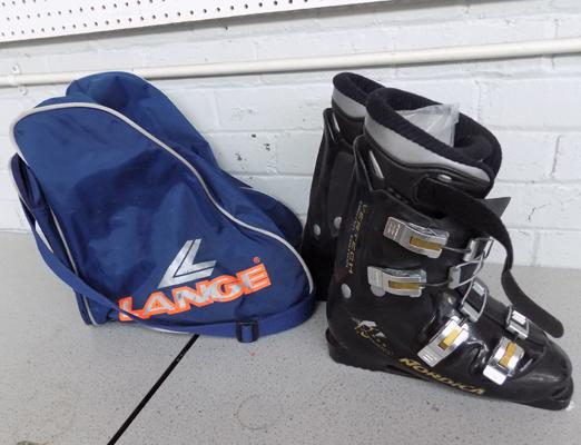 Pair of Ski boots in holdall