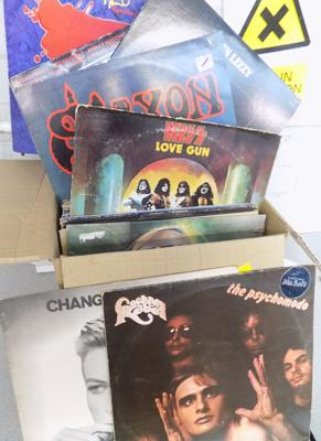 Box of rock/metal LP records, incl. Thin Lizzy, Kiss, Bowie, Van Halen