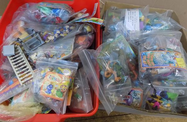 Large selection of Kinder Surprise collectable toys & others
