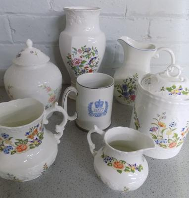 Collection of Aynsley & Coalport pottery