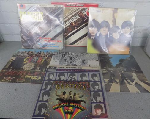 7x Beatles LPs all good condition + Magical Mystery tour EP
