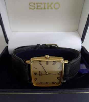 Seiko quartz gents watch in box - 24ct gold plated case