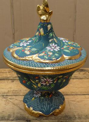 Large hand painted, lidded bowl - no damage