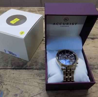 Accurist gold plated men's chrono bracelet watch in box with guarantee