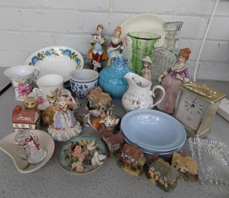 Box of mixed ceramics, incl. Meakin & Royal Stafford