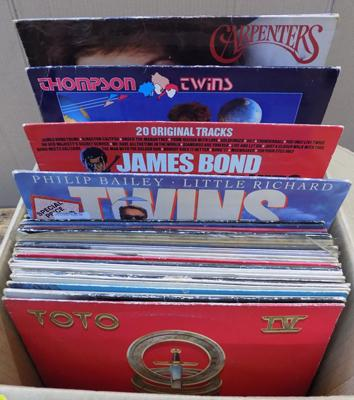 Box of LP records (1980's rock & pop)