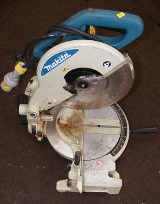 Makita 110v chopsaw, new brushes fitted, good working order
