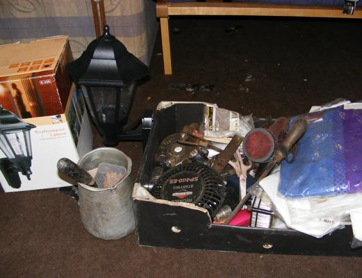 Box of tools and DIY items incl. sockets and boxed lamp