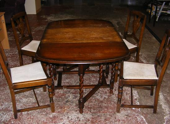 Vintage oak drop leaf gate legged table and 4 chairs