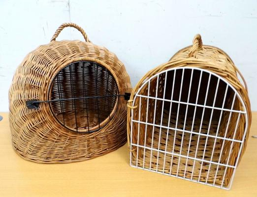 2x Wicker cat baskets