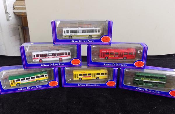 6x Exclusive Deluxe Series buses, all boxed
