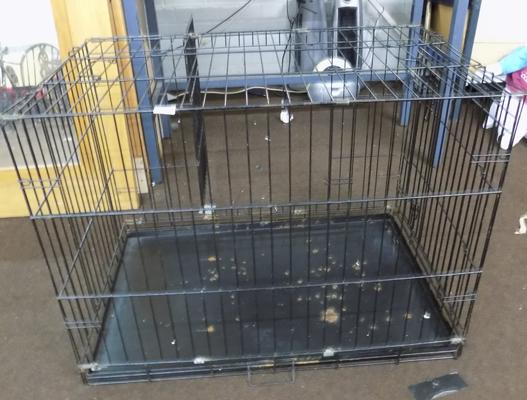 Large pet cage - approx. 36 x 24 x 27 inches