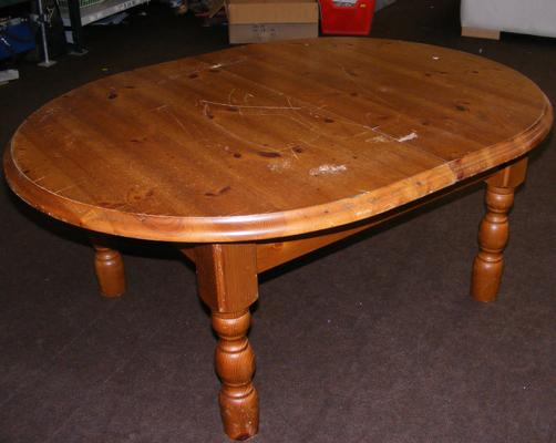 Cut down pine table