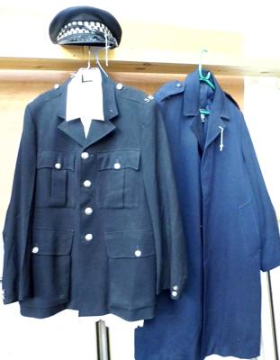 Police uniform incl. shirt, coat and hat