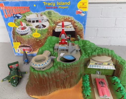 1990's Thunderbird's interactive Tracy Island electronic set with all vehicles