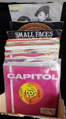 50+ 7 inch singles 60's in company covers - some Beatles