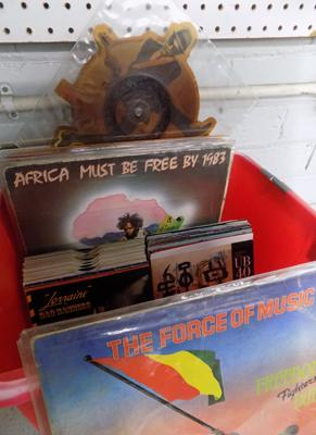 Box of over 60 records inc Reggae, Soul, Funk, disco & dance