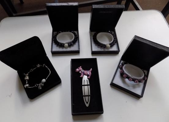 4x Boxed costume jewellery bracelets and letter opener