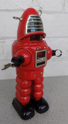Red tin plate toy, Robbie the Robot, approx. 9 inches tall, wind-up, W/O