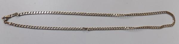 9ct gold necklace - weighs 5.8g