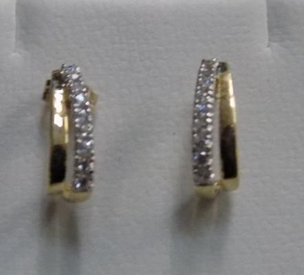 9ct 375 stamped earrings with CZ stones