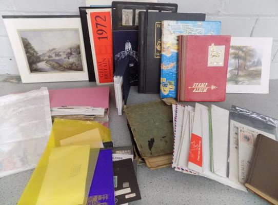 Box of stamp albums/covers & loose etc...