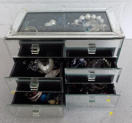 Mirrored jewellery box with contents